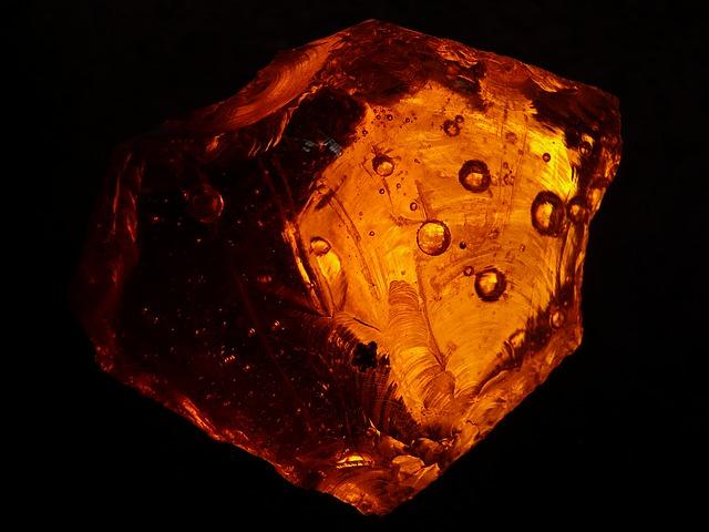 oranžový kámen