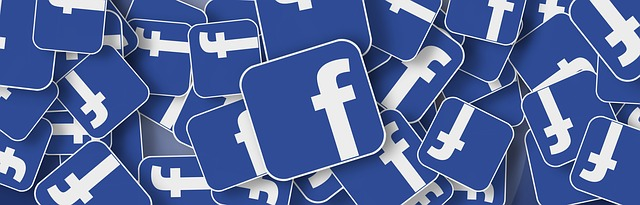 Facebook logá..jpg
