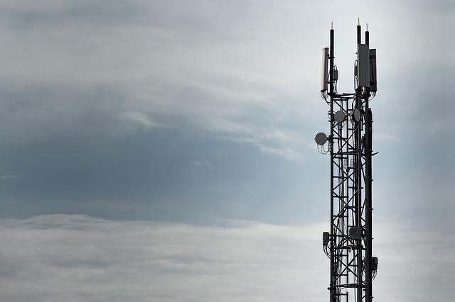 Mobilný rádiový vysielač.jpg